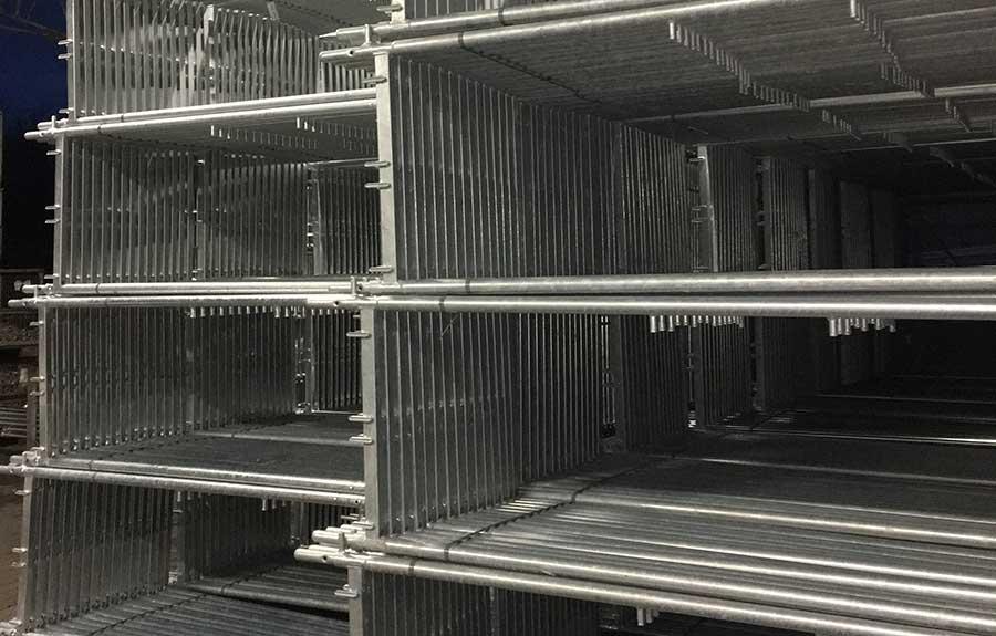 Einstieg in die Industrie 4.0 – Indoor-Lokalisierung, Maschinenüberwachung, digitale Kommunikation
